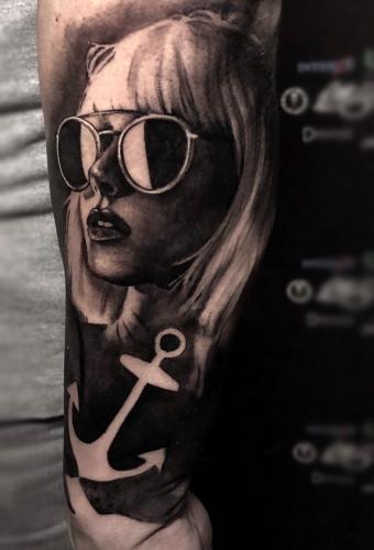 Tattoo Dresden Portrait Constantin Schuldt BlacknGrey