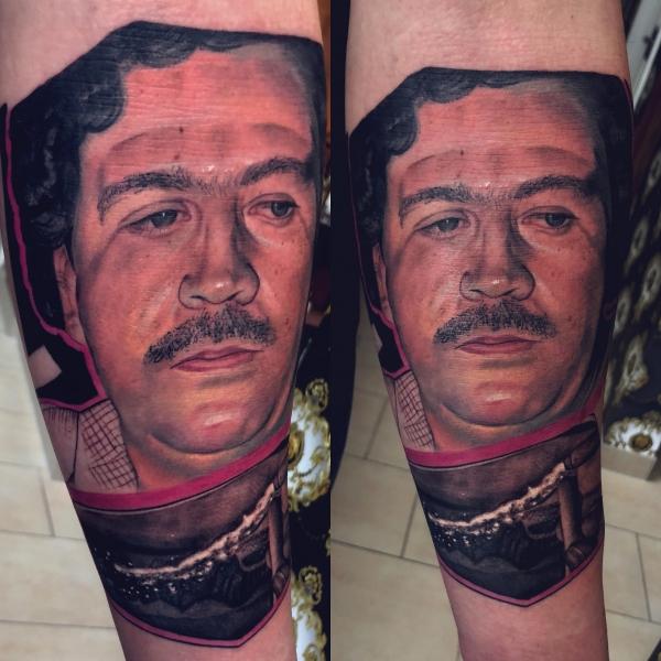 Tattoo Dresden Constantin Schuldt Portrait Escobar